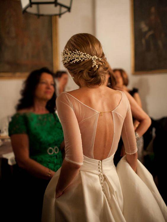 Svadobné šaty s dlhými rukávmi - Obrázok č. 19