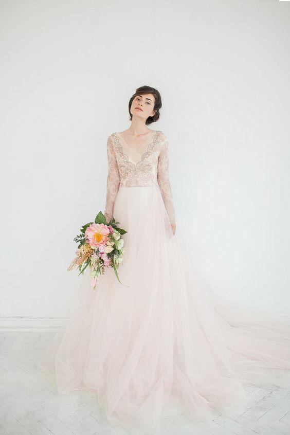 Svadobné šaty s dlhými rukávmi - Obrázok č. 21