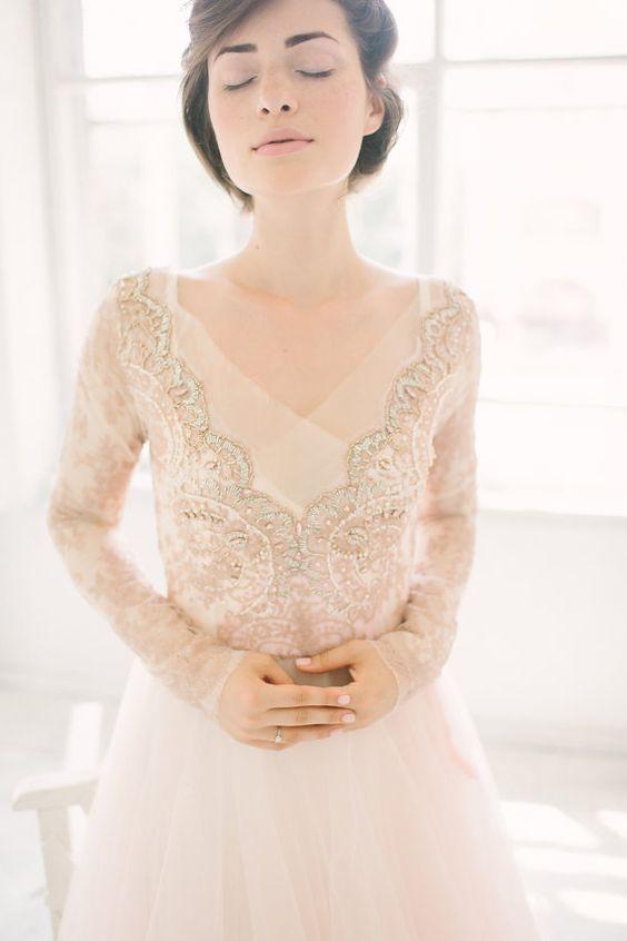 Svadobné šaty s dlhými rukávmi - Obrázok č. 22