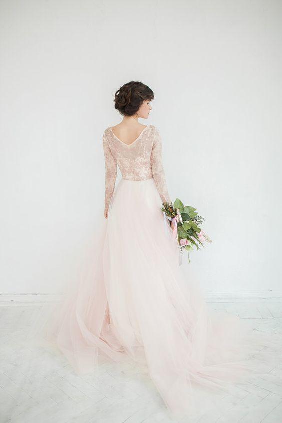 Svadobné šaty s dlhými rukávmi - Obrázok č. 23