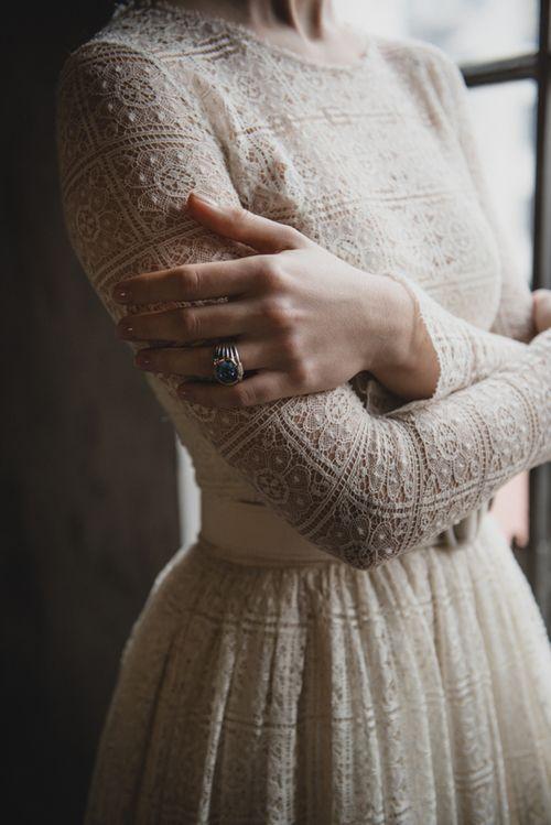 Svadobné šaty s dlhými rukávmi - Obrázok č. 43