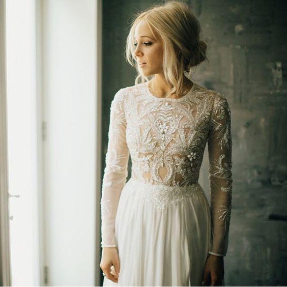 Svadobné šaty s dlhými rukávmi - Obrázok č. 45