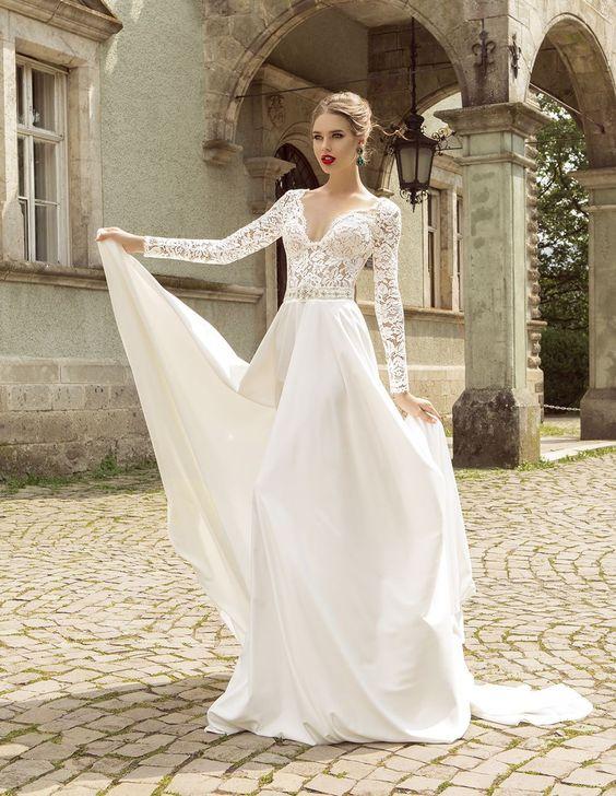 Svadobné šaty s dlhými rukávmi - Obrázok č. 47