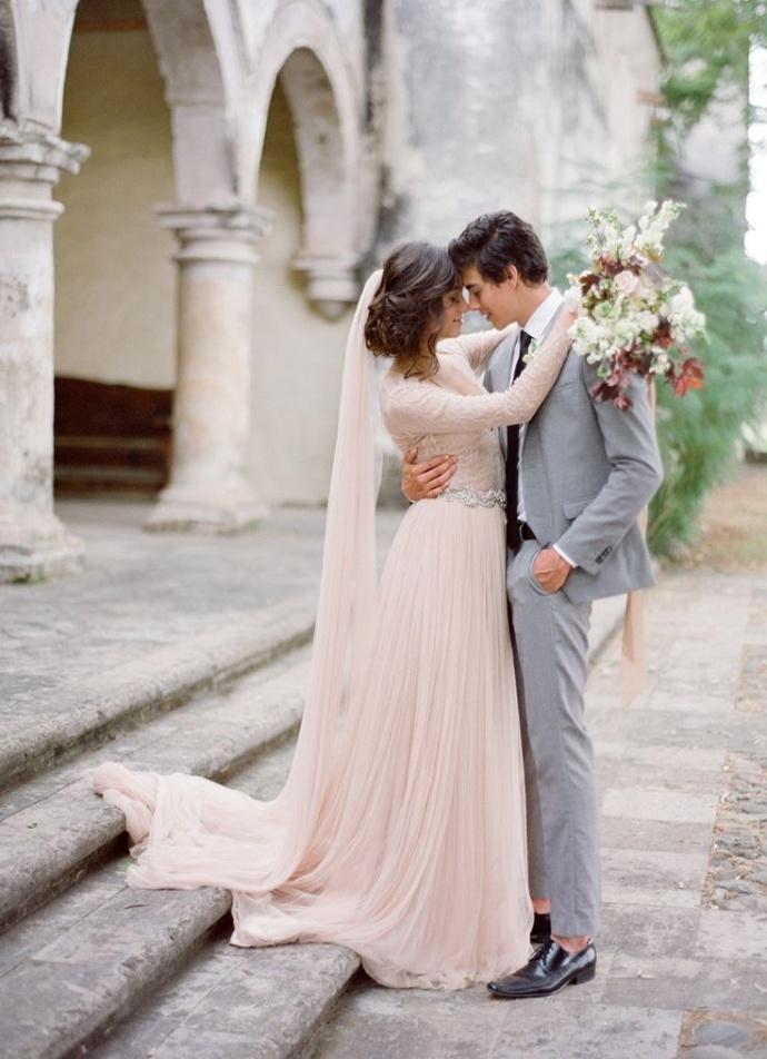 Svadobné šaty s dlhými rukávmi - Obrázok č. 56