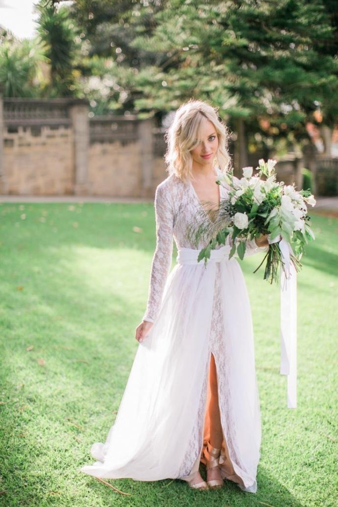 Svadobné šaty s dlhými rukávmi - Obrázok č. 57