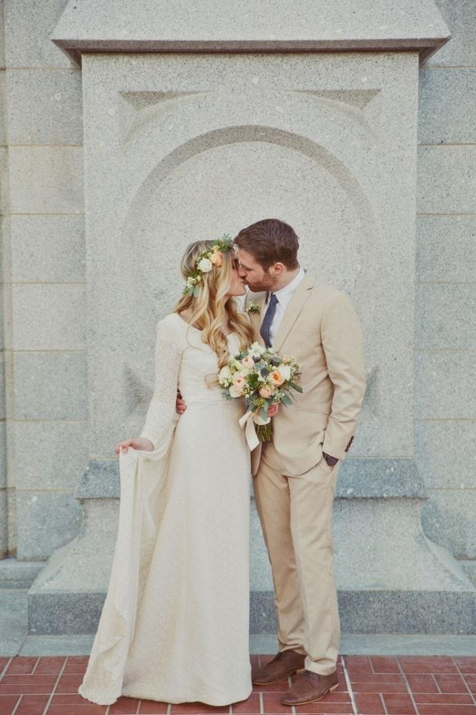 Svadobné šaty s dlhými rukávmi - Obrázok č. 60
