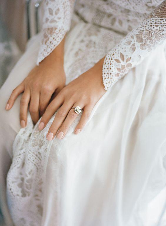 Svadobné šaty s dlhými rukávmi - Obrázok č. 97