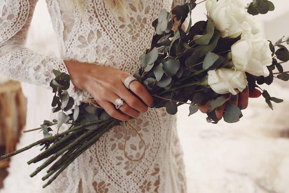 Svadobné šaty s dlhými rukávmi - Obrázok č. 99