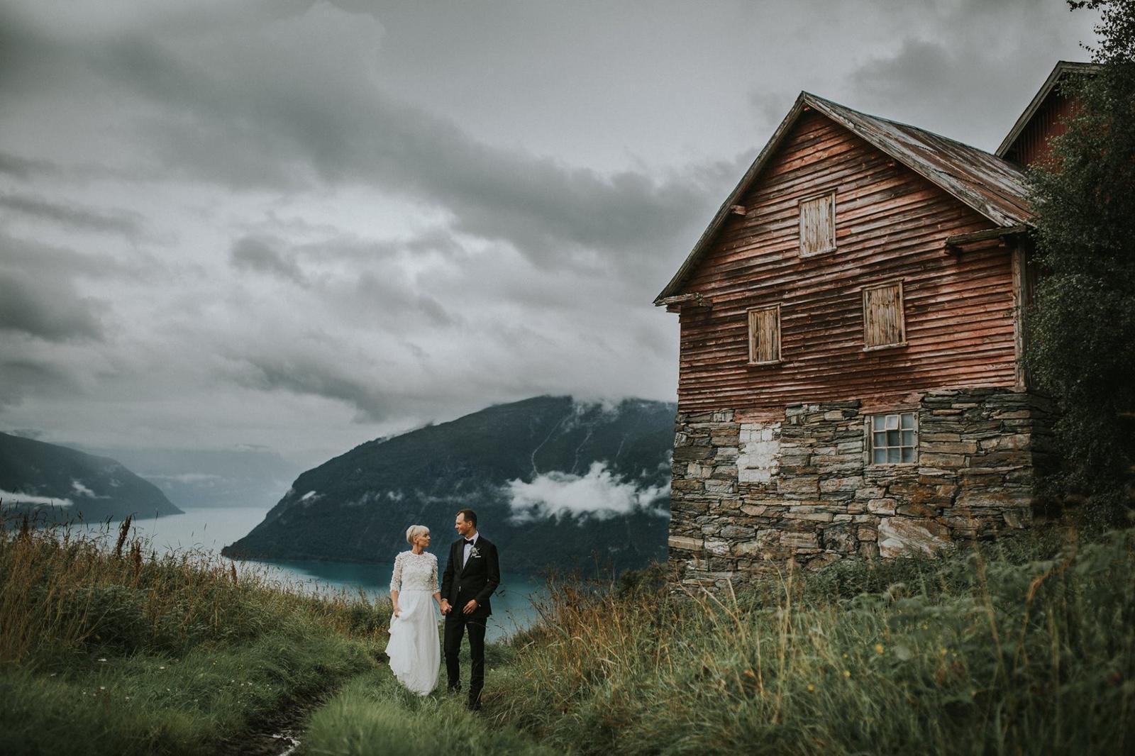 Inšpirácie na svadobné fotky - Obrázok č. 373