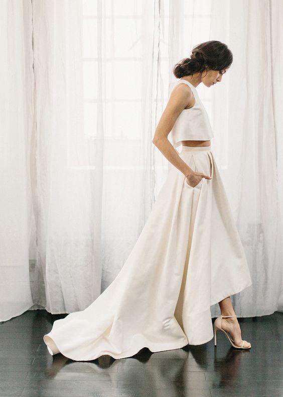 Tak jednoducho, ako sa len dá (minimalizmus v svadobných šatách) - Obrázok č. 1