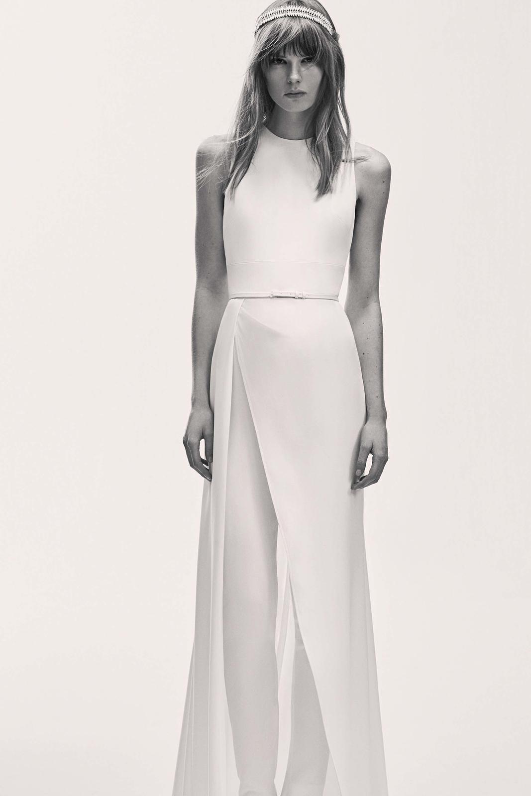 Tak jednoducho, ako sa len dá (minimalizmus v svadobných šatách) - Obrázok č. 8