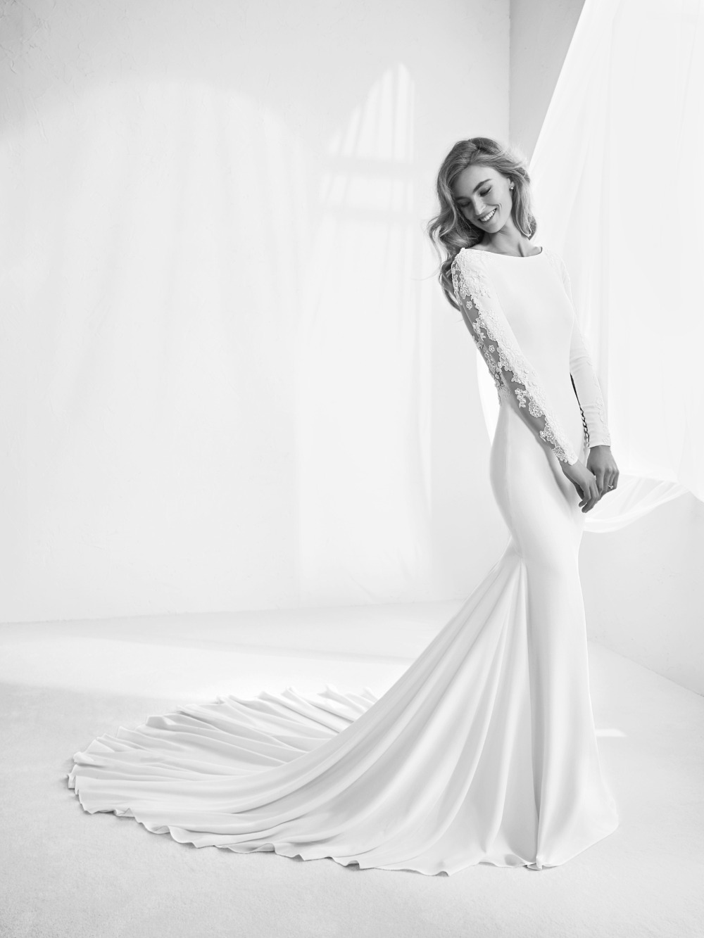 Atelier Pronovias predstavil kolekciu svadobných šiat na rok 2018 - Obrázok č. 8