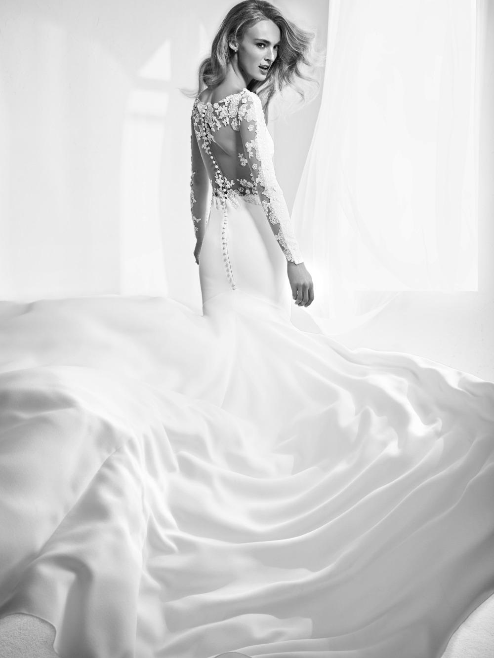 Atelier Pronovias predstavil kolekciu svadobných šiat na rok 2018 - Obrázok č. 9