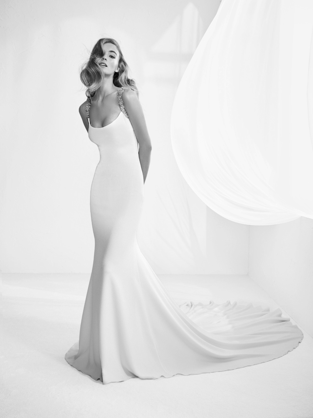 Atelier Pronovias predstavil kolekciu svadobných šiat na rok 2018 - Obrázok č. 10