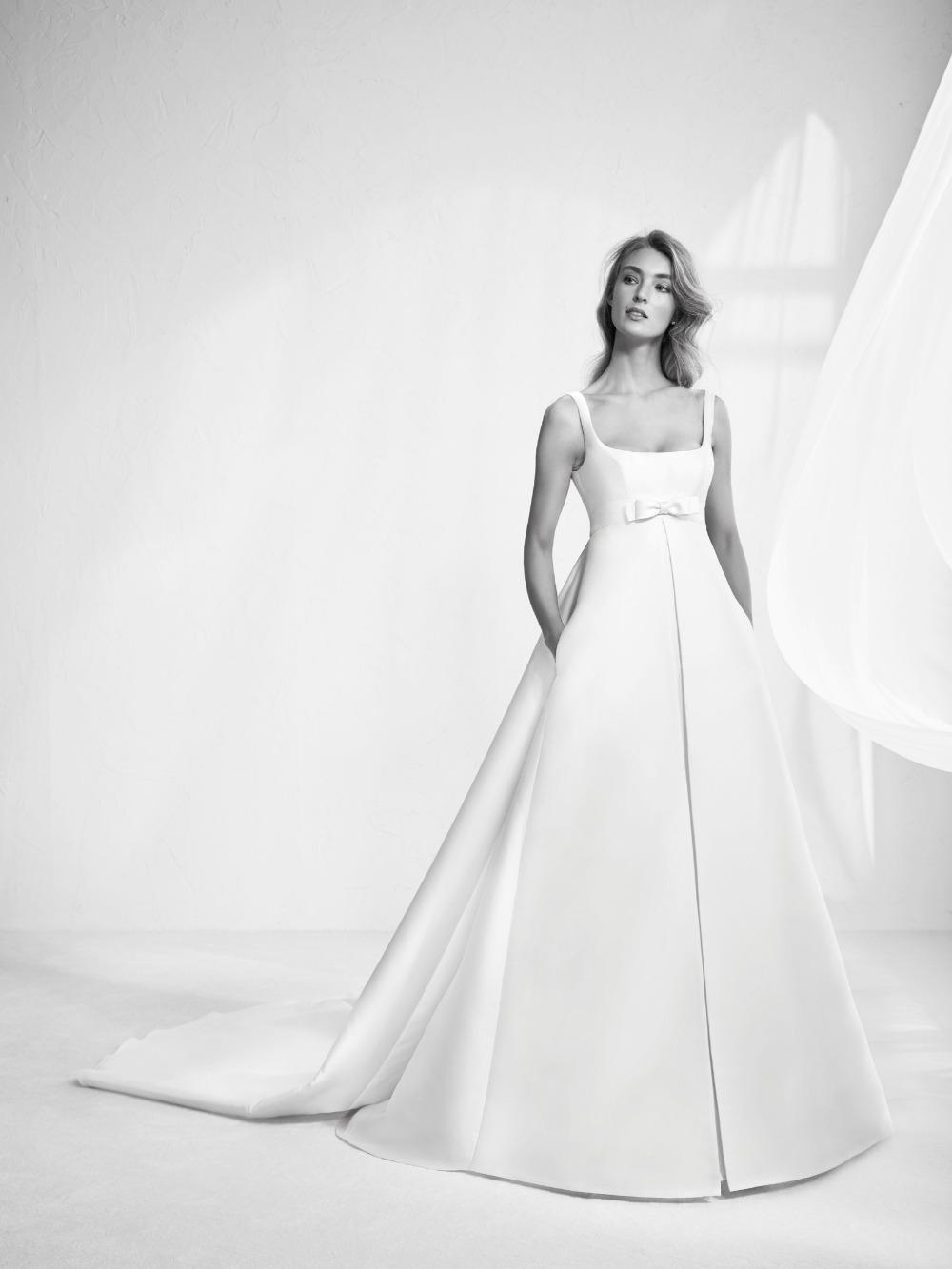 Atelier Pronovias predstavil kolekciu svadobných šiat na rok 2018 - Obrázok č. 12