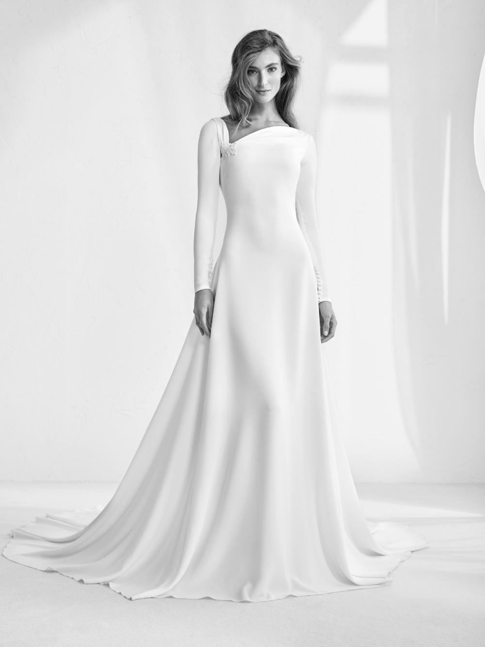 Atelier Pronovias predstavil kolekciu svadobných šiat na rok 2018 - Obrázok č. 19