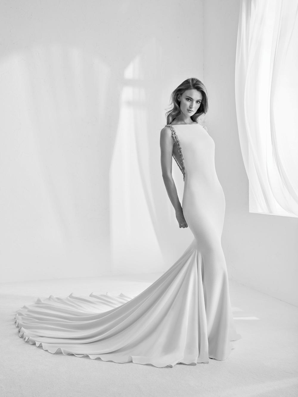 Atelier Pronovias predstavil kolekciu svadobných šiat na rok 2018 - Obrázok č. 26