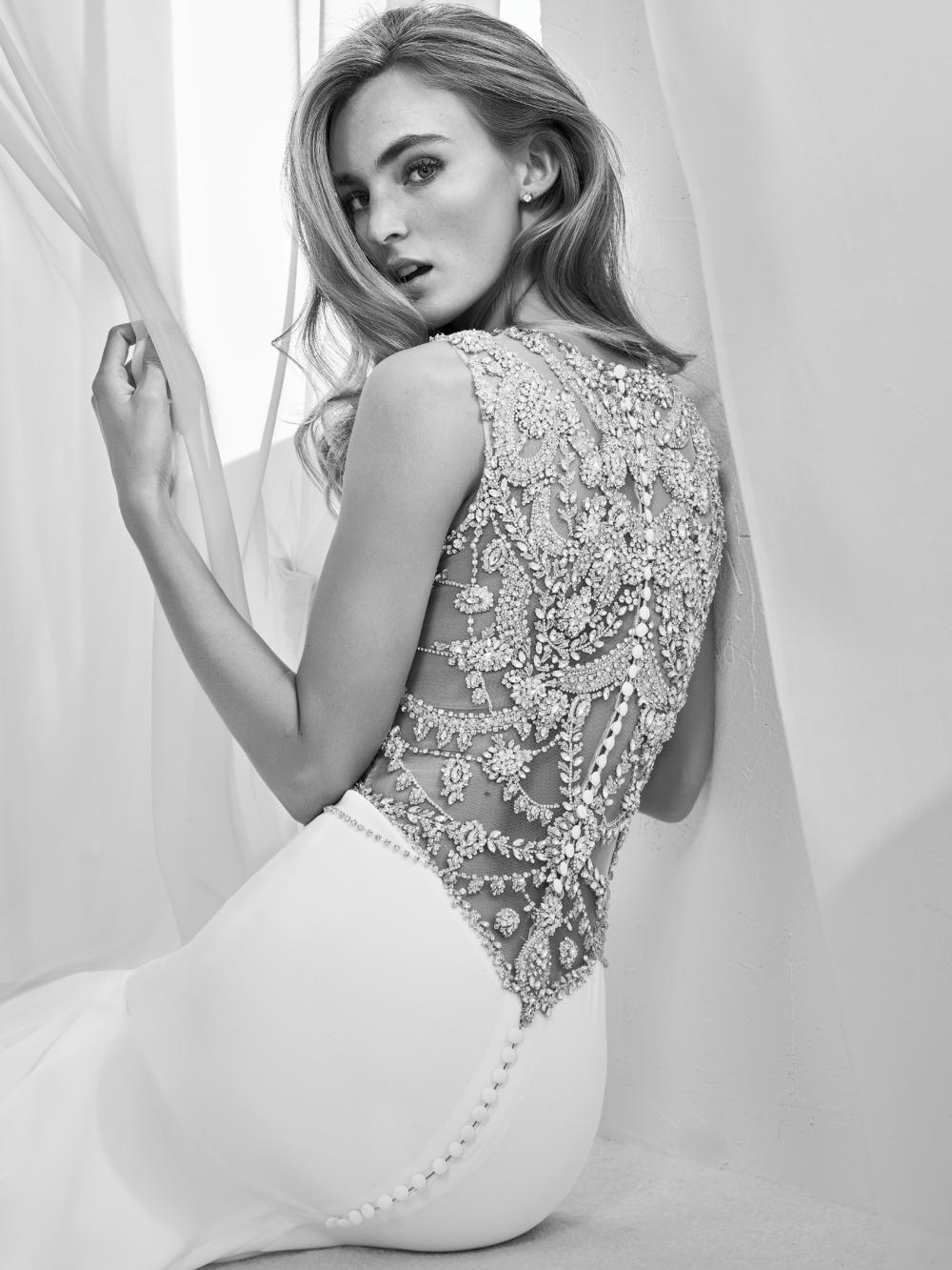 Atelier Pronovias predstavil kolekciu svadobných šiat na rok 2018 - Obrázok č. 28