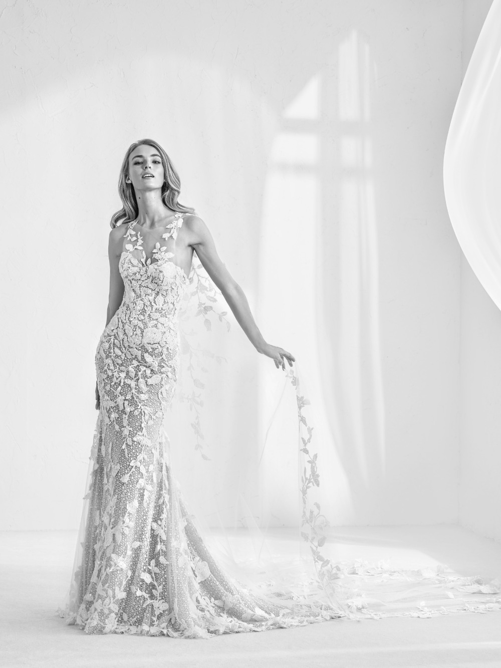 Atelier Pronovias predstavil kolekciu svadobných šiat na rok 2018 - Obrázok č. 29