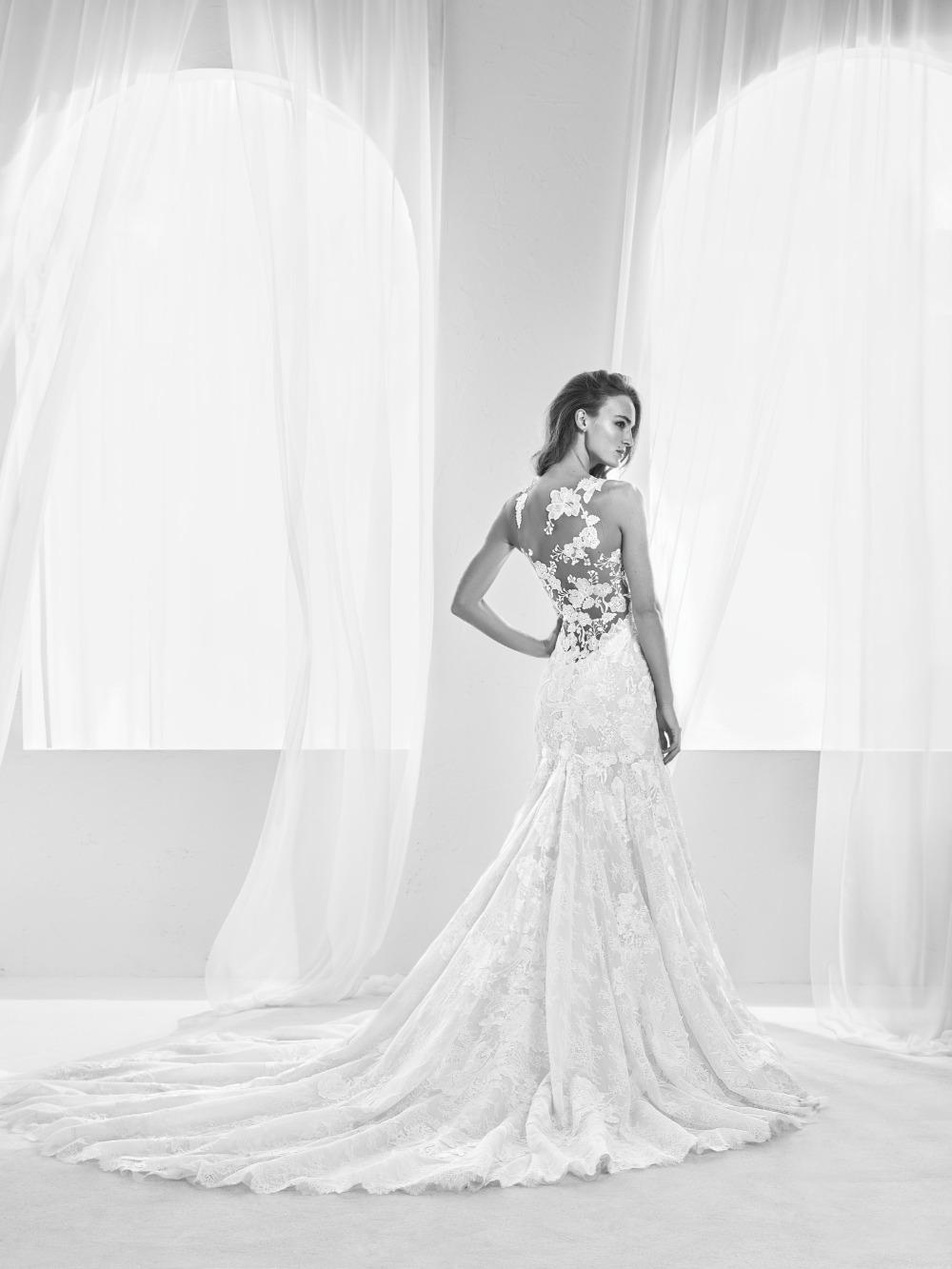 Atelier Pronovias predstavil kolekciu svadobných šiat na rok 2018 - Obrázok č. 32