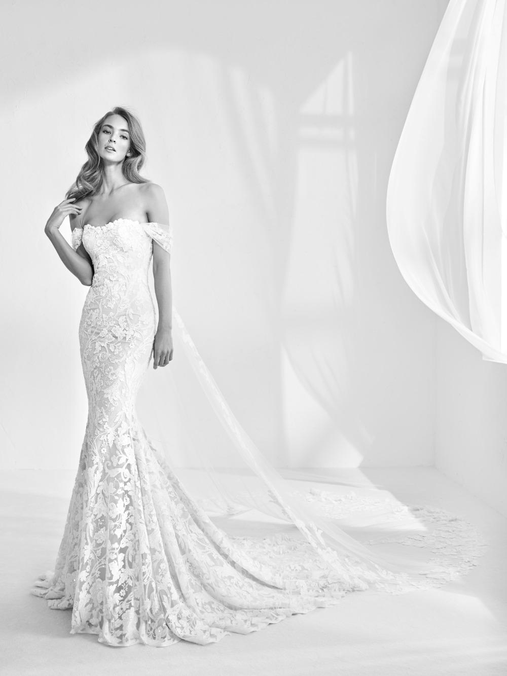 Atelier Pronovias predstavil kolekciu svadobných šiat na rok 2018 - Obrázok č. 36