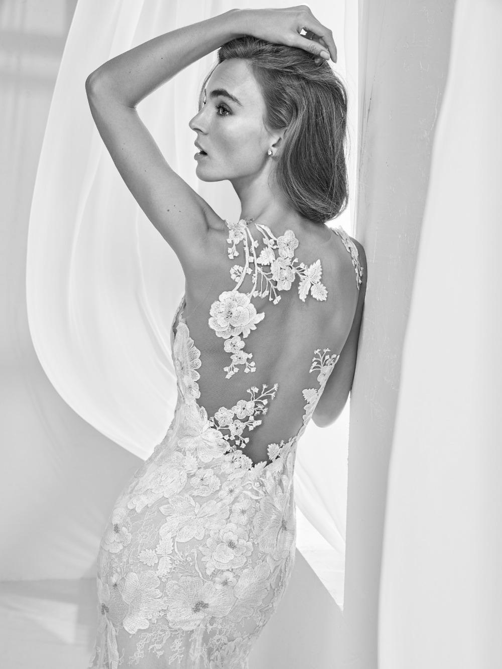 Atelier Pronovias predstavil kolekciu svadobných šiat na rok 2018 - Obrázok č. 39