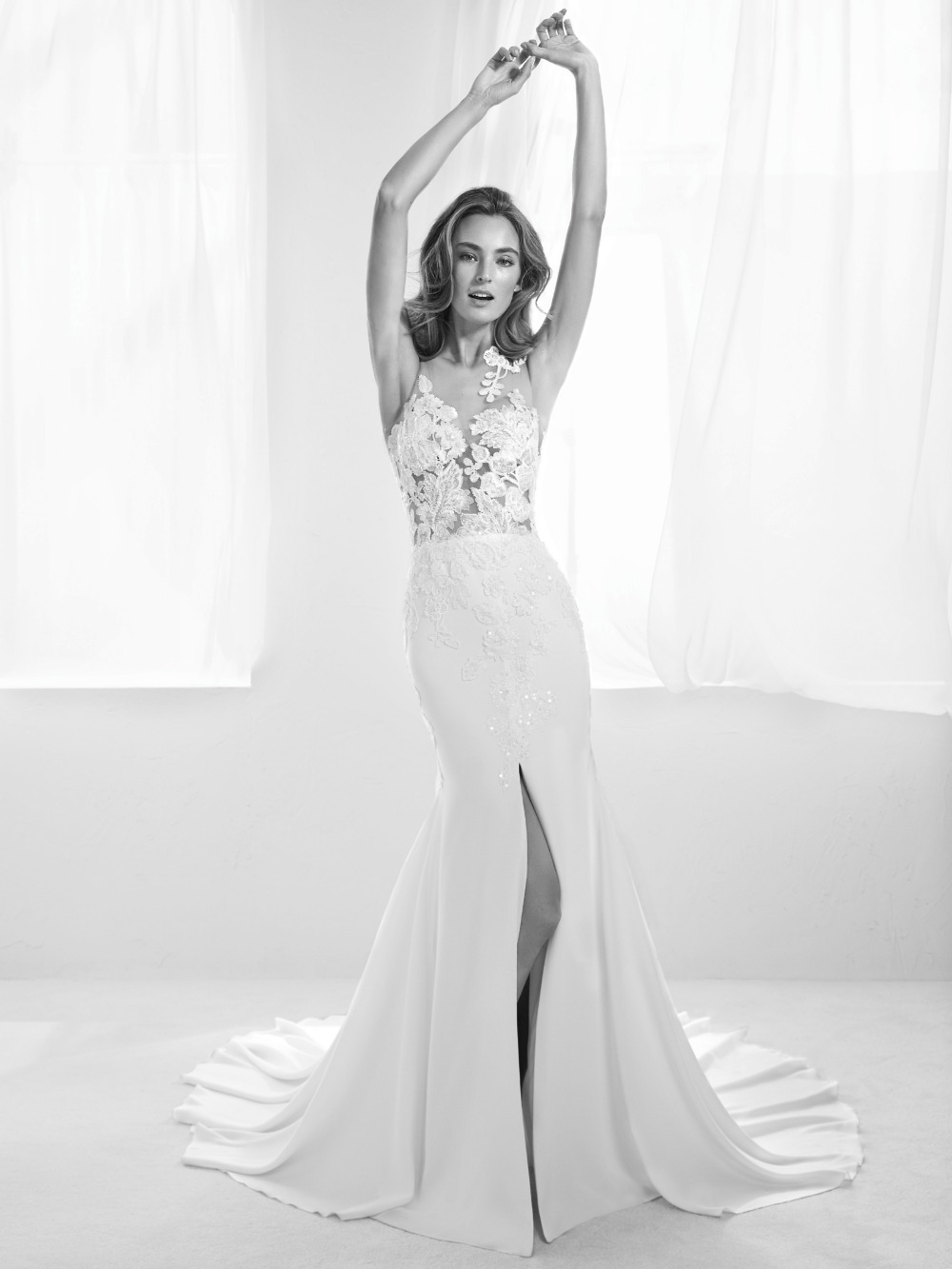 Atelier Pronovias predstavil kolekciu svadobných šiat na rok 2018 - Obrázok č. 40