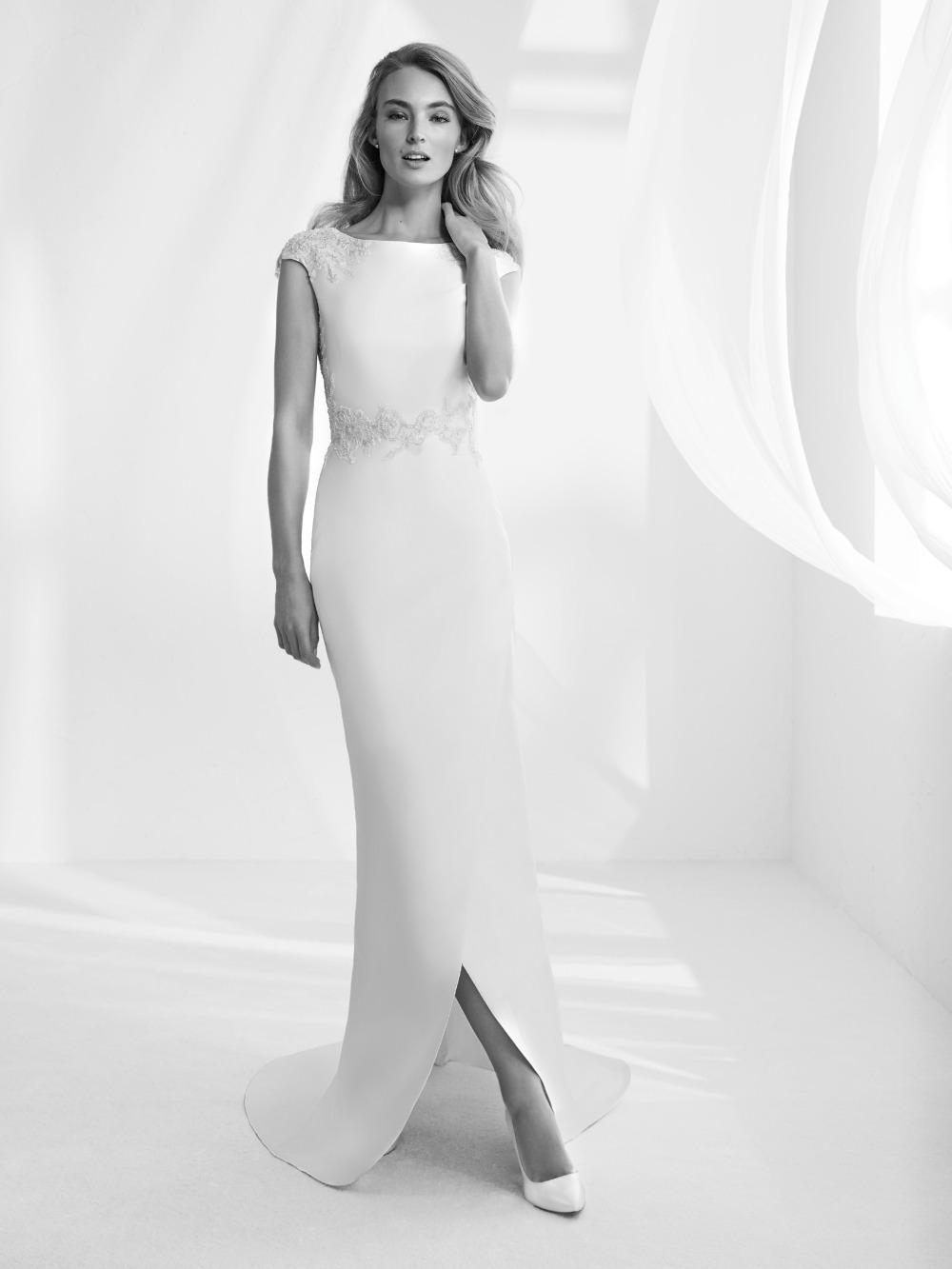 Atelier Pronovias predstavil kolekciu svadobných šiat na rok 2018 - Obrázok č. 44