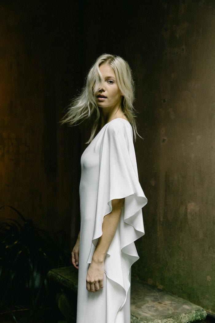 Tak jednoducho, ako sa len dá (minimalizmus v svadobných šatách) - Obrázok č. 25