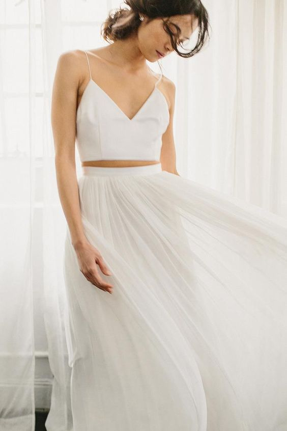 Tak jednoducho, ako sa len dá (minimalizmus v svadobných šatách) - Obrázok č. 33