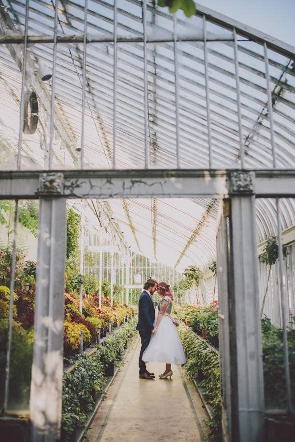 Svadobné fotenie v skleníku - Obrázok č. 34