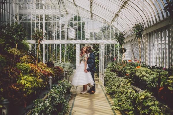 Svadobné fotenie v skleníku - Obrázok č. 35
