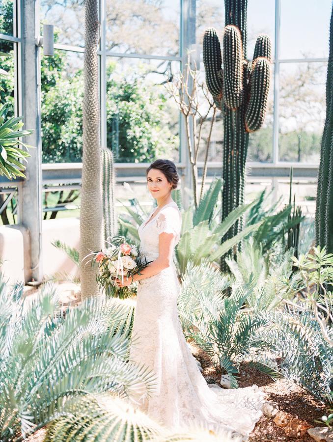Svadobné fotenie v skleníku - Obrázok č. 40