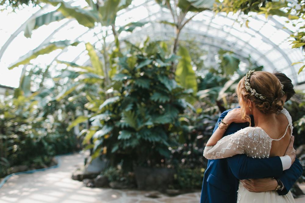 Svadobné fotenie v skleníku - Obrázok č. 54