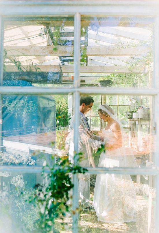 Svadobné fotenie v skleníku - Obrázok č. 75