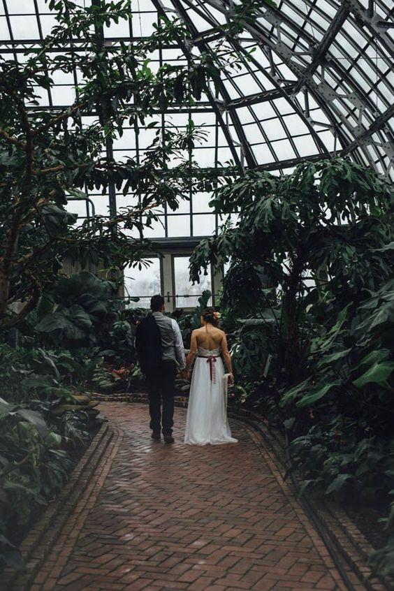 Svadobné fotenie v skleníku - Obrázok č. 91