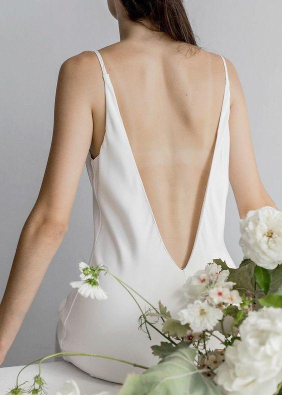 Tak jednoducho, ako sa len dá (minimalizmus v svadobných šatách) - Obrázok č. 34