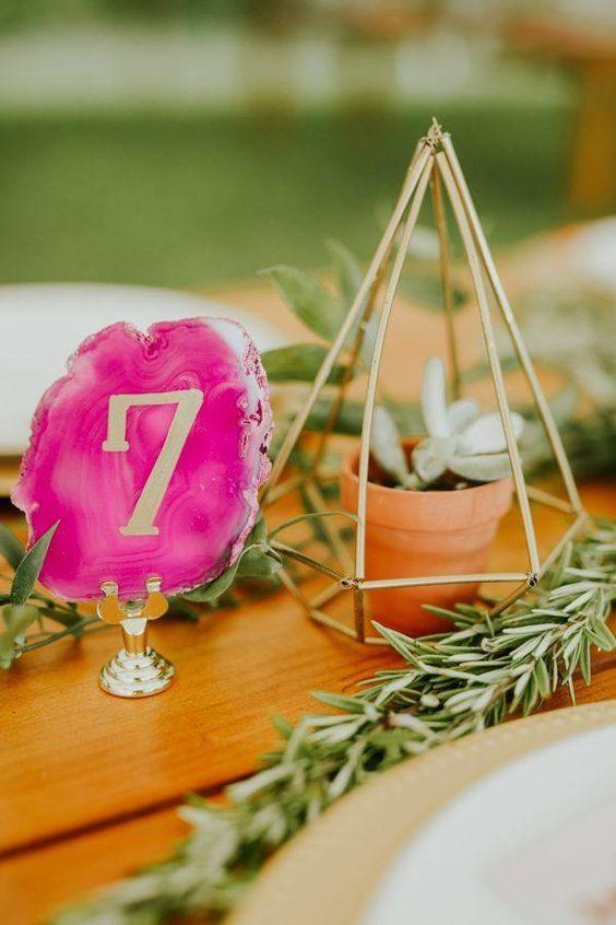 Nápady na číslovanie svadobných stolov - Obrázok č. 20