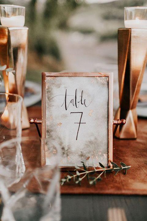 Nápady na číslovanie svadobných stolov - Obrázok č. 27