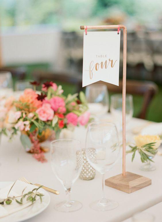 Nápady na číslovanie svadobných stolov - Obrázok č. 59