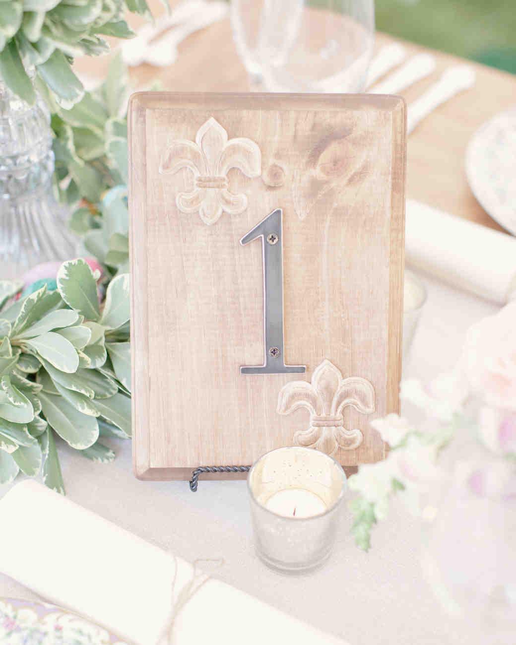 Nápady na číslovanie svadobných stolov - Obrázok č. 78
