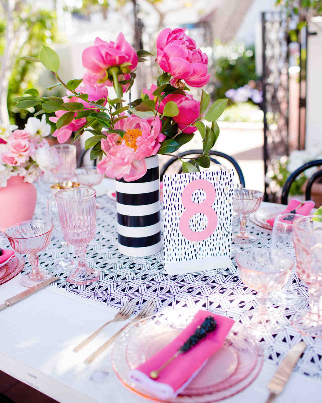 Nápady na číslovanie svadobných stolov - Obrázok č. 89