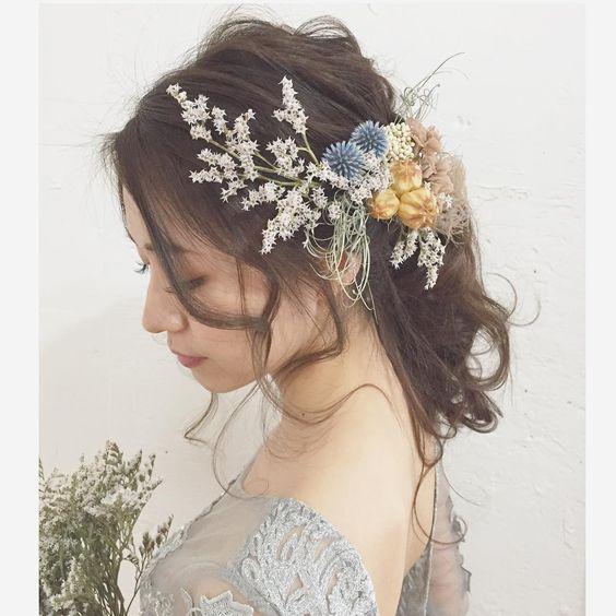 Svadobné účesy oživené kvetmi - Obrázok č. 163