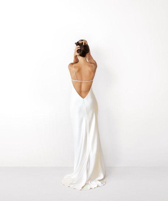 Tak jednoducho, ako sa len dá (minimalizmus v svadobných šatách) - Obrázok č. 47