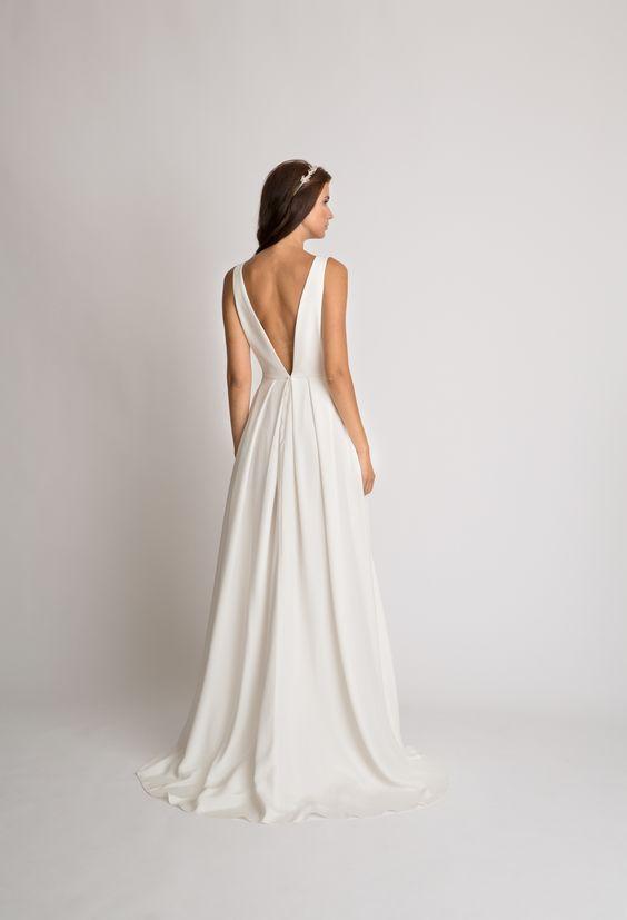 Tak jednoducho, ako sa len dá (minimalizmus v svadobných šatách) - Obrázok č. 50