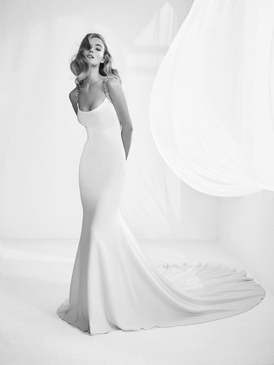 Tak jednoducho, ako sa len dá (minimalizmus v svadobných šatách) - Obrázok č. 51