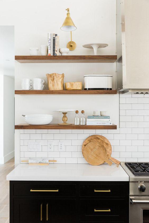 Kuchyne s otvorenými poličkami - Obrázok č. 24