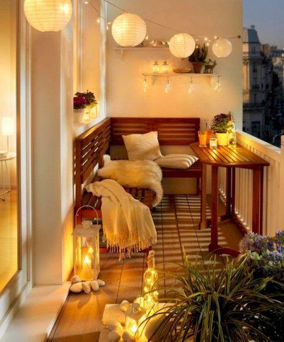 Malý balkón s veľkou atmosférou - inšpirácie - Obrázok č. 35
