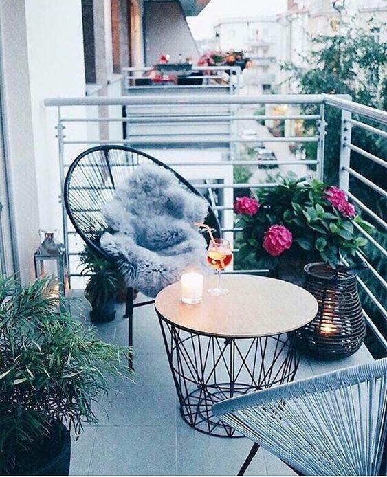 Malý balkón s veľkou atmosférou - inšpirácie - Obrázok č. 42
