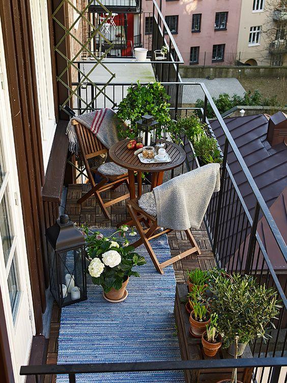 Malý balkón s veľkou atmosférou - inšpirácie - Obrázok č. 62